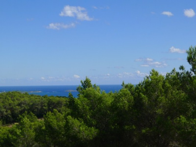 Stunning hilltop villa for sale between Santa Gertrudis & Santa Eulalia Ibiza with Sea Views