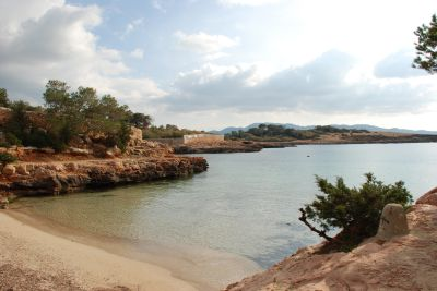 Traditional villa for sale in the bay of Cala Gracioneta, Ibiza