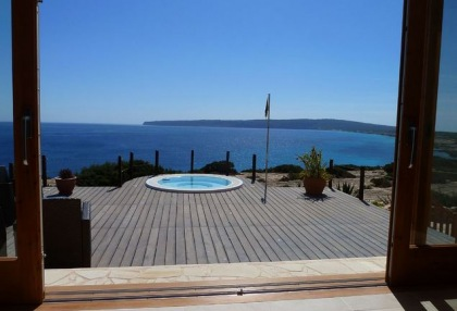 Sea view house for sale on Formentera at cala Envaster 13