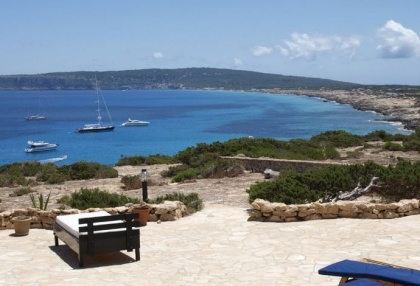 Sea view house for sale on Formentera at cala Envaster 16