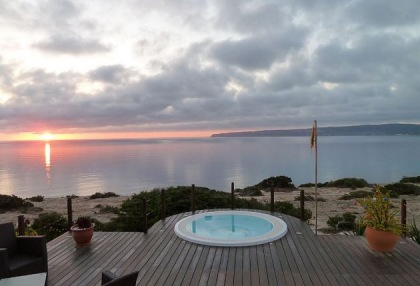 Sea view house for sale on Formentera at cala Envaster 17