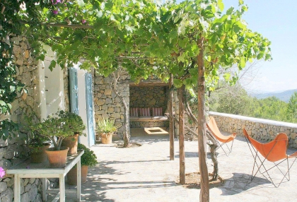 Beautiful recently renovated finca in the hills of San Jose_1