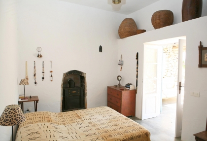 Beautiful recently renovated finca in the hills of San Jose_11