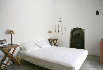 Beautiful recently renovated finca in the hills of San Jose_12