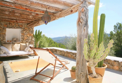 Beautiful recently renovated finca in the hills of San Jose_2