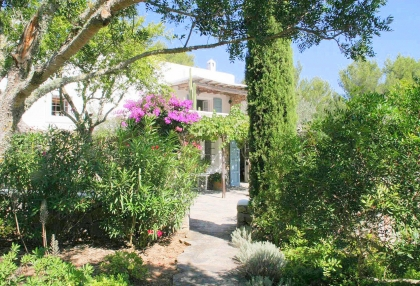 Beautiful recently renovated finca in the hills of San Jose_3