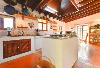 lovely traditional finca in santa eularia_11
