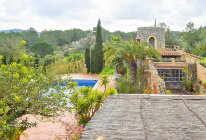 lovely traditional finca in santa eularia_2