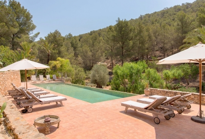 Huge finca with tennis court and guesthouse in idyllic area_31