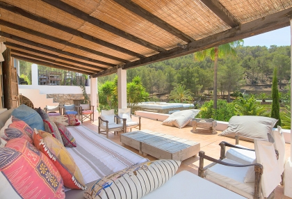 Huge finca with tennis court and guesthouse in idyllic area_32