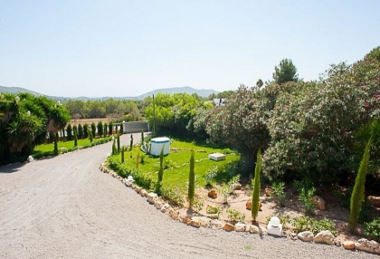Ibiza traditional Ibicenco luxury finca with sea views 27