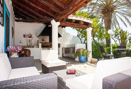 Ibiza traditional Ibicenco luxury finca with sea views 6