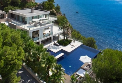 Ibiza real estate with direct sea access 1