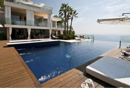 Ibiza real estate with direct sea access 2
