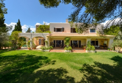 7 bedroom estate for sale west coast Ibiza with sea views 1