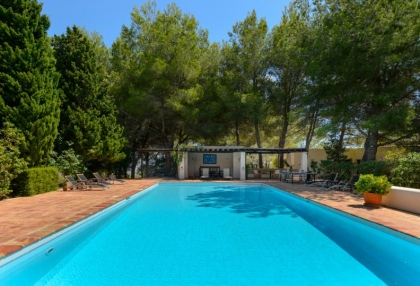 7 bedroom estate for sale west coast Ibiza with sea views 25