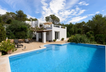 Modern 4 bedroom villa for sale near Cala Conta beach Ibiza 1