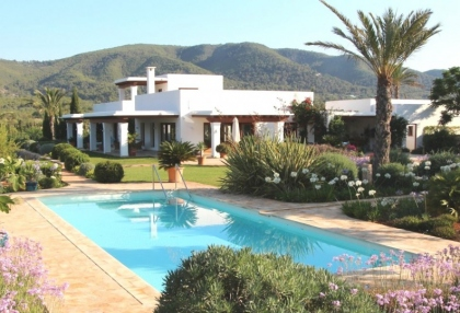 Modern 5 bedroom villa for sale Morna Valley San Carlos Ibiza 2