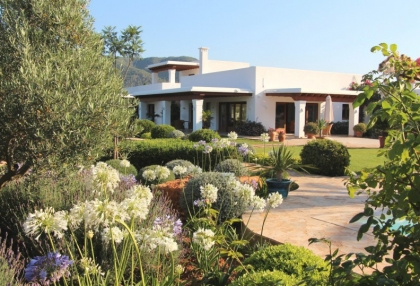 Modern 5 bedroom villa for sale Morna Valley San Carlos Ibiza 4