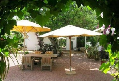Santa Eularia luxury villa with guest accommodation in private setting close to town 8