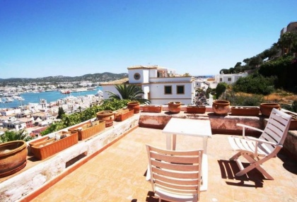 Ibiza town Dalt Vila townhouse with 4 bedrooms 1