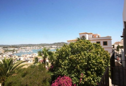 Ibiza town Dalt Vila townhouse with 4 bedrooms 6