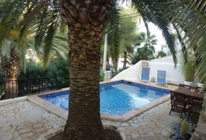 Cheap 3 bedroom Ibiza villa for sale in Siesta Santa Eulalia 1
