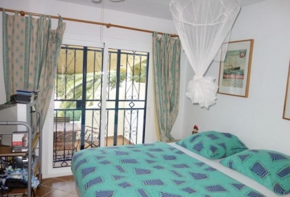 Cheap 3 bedroom Ibiza villa for sale in Siesta Santa Eulalia 9
