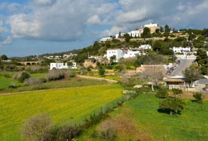 Townhouse for sale Santa Eularia Ibiza with views over town 5