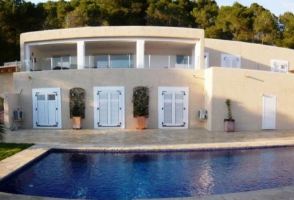Beautiful sea view villa for sale with pool & garden on San Jose coast Ibiza 1