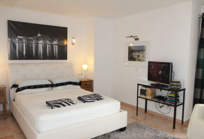 Renovated apartment in Ibiza Old Town.jpg_5