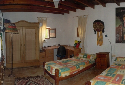 5-bedroom-finca-for-sale-san-lorenzo-ibiza-with-separate-guest-house-casita-6