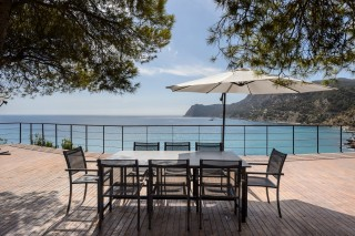 Beautiful newly renovated villa overlooking the bay of Es Cubells