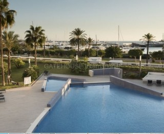 Front line apartment close to Ibiza Town