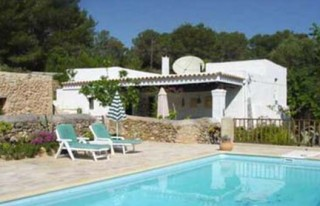 Old Ibiza finca for sale in San Josep area with pool & private land