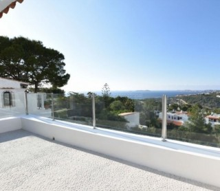 Sea view apartment for sale in Cala Vadella