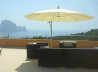 Penthouse apartment for sale close to Cala Carbo, Ibiza