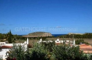 Townhouse with sea views and large terraces in Cala Conta