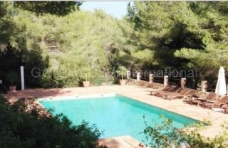 Two properties on a large plot in Es Cubells, Ibiza