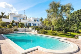 Detached villa with annexe for sale in Siesta , Santa Eularia