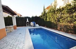 Large 4 bedroom San Antonio villa for sale close to the beach