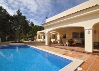Traditional Finca for sale with touristic license