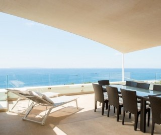 Luxury sea view villa for sale in Roca Llisa
