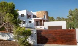 Brand new home for sale in Cala Tarida