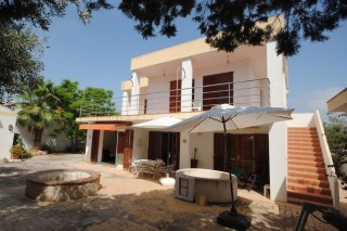 Detached Villa for sale in Cala Bou