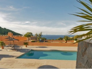 Sea view duplex for sale in Cala Carbo