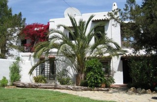 Finca for sale close to the beach in Port des Torrent
