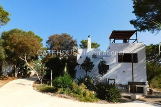 House for sale overlooking Cala Carbo