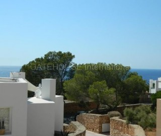 Sea view home for sale in Calo Den Real