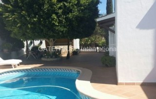 Villa with guest house for sale in Santa Eularia